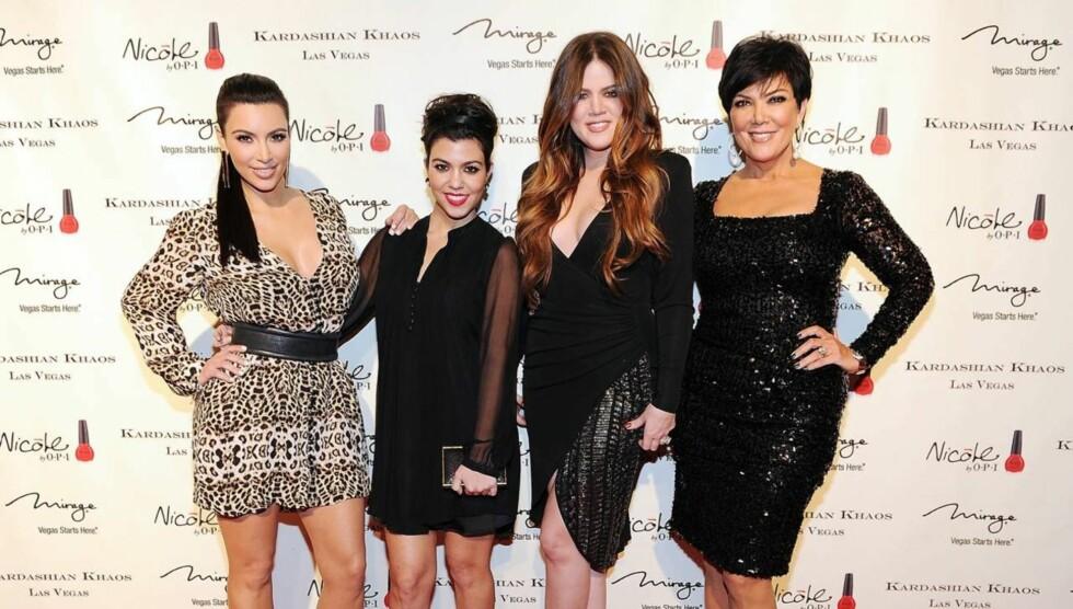 BRYR SEG IKKE: Kim Kardashians familien bryr seg ikke om Kanye West sin sexvideo. Kim ble selv kjent etter at en privat video av henne ble lekket ut på nettet. Foto: All Over Press