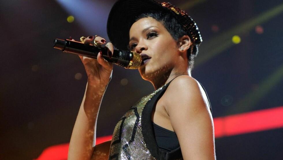 TILGIR: Rihanna har skværet opp med eksen. Foto: All Over Press