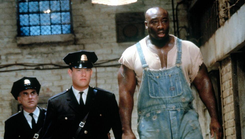 OSCAR-NOMINERT: Michael Clarke Duncans mest kjente rolle er som fange i filmen «The Green Mile», hvor han blant annet spilte mot Tom Hanks. I 1999 ble han Oscar-nominert for innsatsen. Foto: TV 3