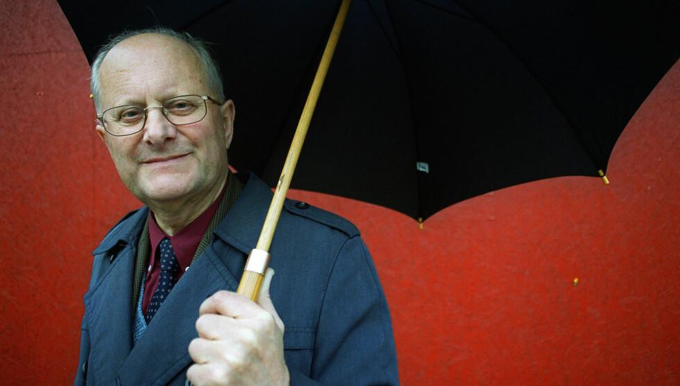 SOVNET STILLE INN: Den tidligere meteorologen og værmelderen i NRK, Vidar Theisen, er død, etter å ha sovnet stille inn natt til fredag. Foto: NTB scanpix