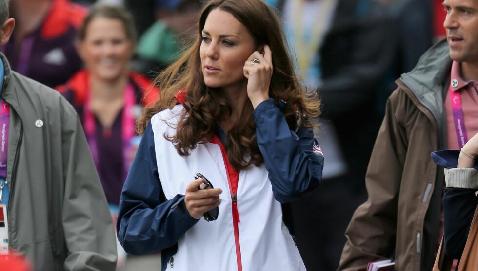 GRAVID? Nok en gang svirrer ryktene om at hertuginne Kate er gravid. Her går hun i treningstøy på Paralympics.  Foto: All Over Press