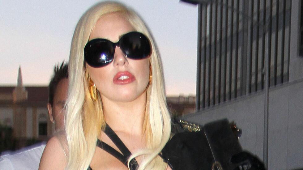 NAKEN: Lady Gaga spiller inn ny musikk naken. Foto: FAMEFLYNET SWEDEN