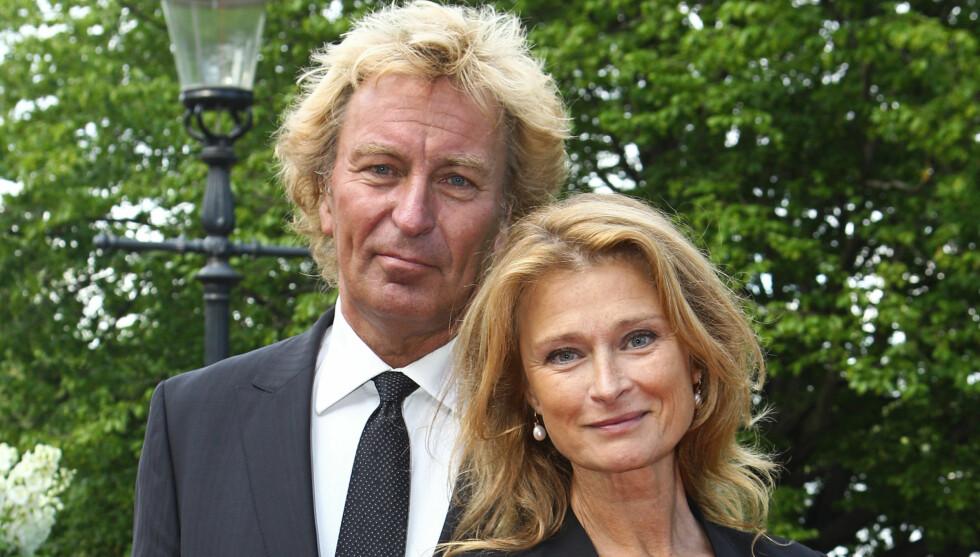 I ENIGHET: Endre giftet seg med Rickhard Hobert i Skåne i 2000. I fjor tok de betenkningstid på skilsmissesøknaden. De lykkes ikke i å finne kjærligheten igjen. Foto: Stella Pictures
