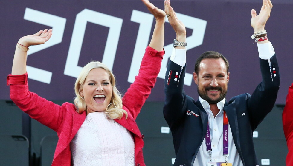 ELSKER SPORT: Kronprinsparet returnerer til London for å følge Norges gullhåp i finalene. Foto: NTB scanpix