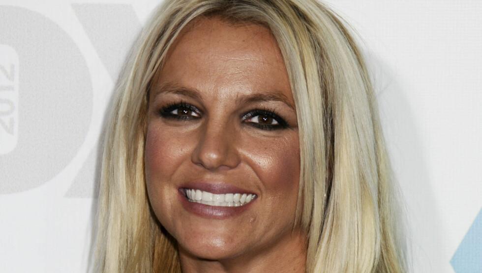 SOMMERFERIE: Britney har enda sommerferie, før hun i høst igjen skal være dommer i X Factor. Foto: Stella Pictures