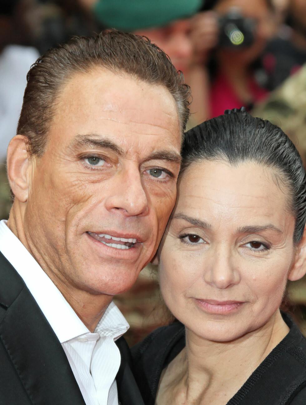 GIFT TO GANGER: Jean Claude og Gladys giftet seg først i 1987, før de skilte seg i 1992. Deretter giftet de seg for andre og foreløpig siste gang i 1999. Van Damme har vært gift tilsammen fem ganger.  Foto: Fame Flynet