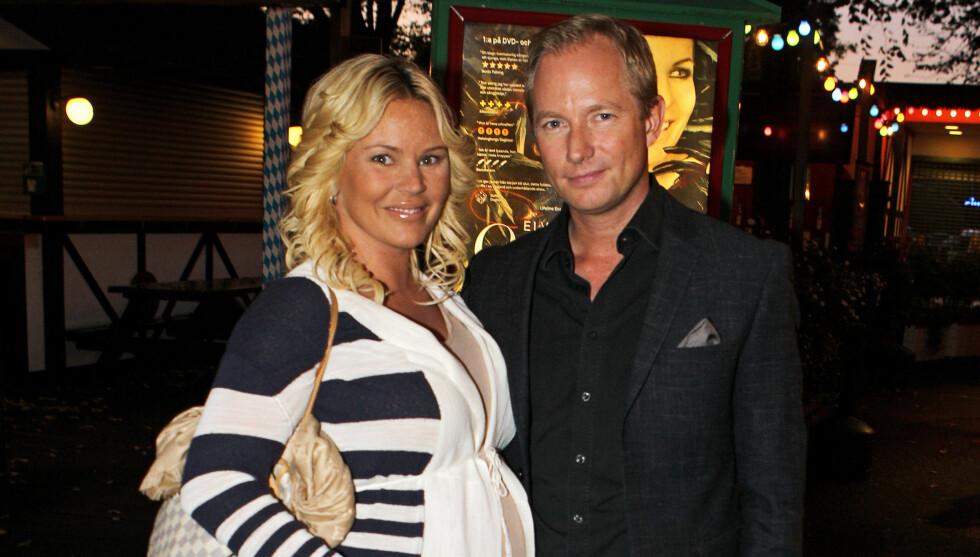 GIFTER SEG: Filip Larsson gikk ned på kne og fridde til Magdalena Graaf. Til slutt fikk han ja. Foto: STELLA PICTURES