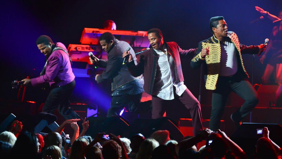 SLITER ØKONOMISK: Jackson-brødrene er for tiden ute på sin «Unity»-konsertturne i USA. Men de har aldri klart å nå de samme høydene som før, etter at Michael forlot dem i 1984.  Foto: All Over Press