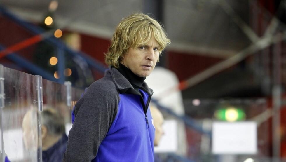 SLITEN: Den tidligere ishockeystjernen bekrefter babynyheten overfor Se og Hør, og sier han er sliten etter fødselen. Foto: SCANPIX
