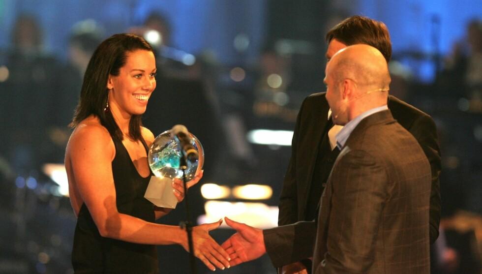 OL-HÅP: Snart drar Ingvild Snildal til OL i London. Her vinner hun prisen «årets gjennombrudd» under Idrettsgallaen i 2010.  Foto: Stella Pictures
