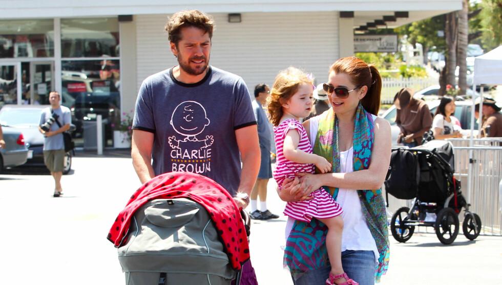 ALLE GODE TING ER FIRE: Nå har Alison og Alexis fått seg en lykkelig A4-familie med to barn.  Foto: Fame Flynet