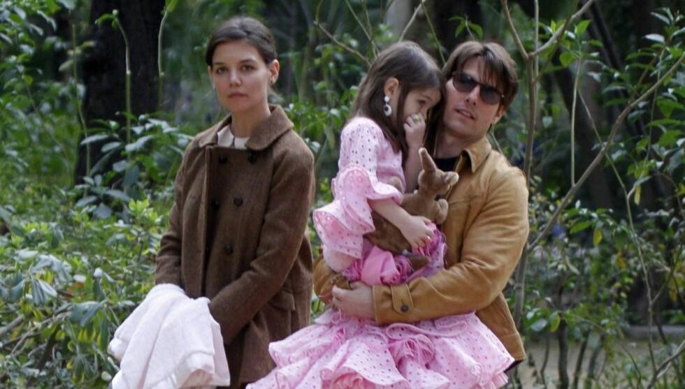 HATER DATTERENS NAVN: Katie Holmes skal angivelig mislike navnet «Suri» så sterkt at hun har begynt å kalle datteren for Scout. Foto: All Over Press