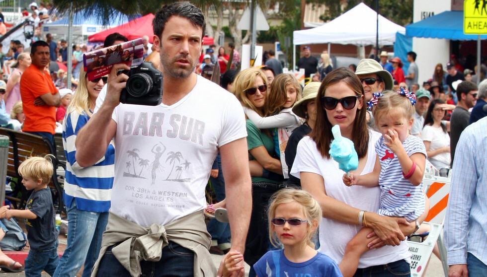 FLERE BARN: Ben Affleck ønsker seg flere barn med Jennifer Garner. Paret har døtrene Seraphina og Violet, og i februar kom sønnen Samuel til verden.  Foto: All Over Press