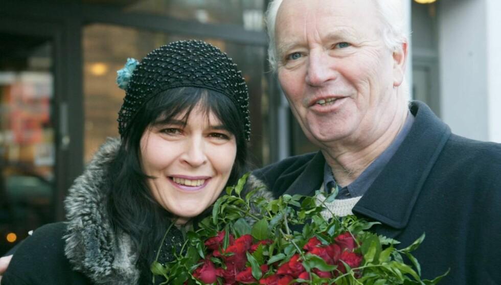 TAKKER PAPPA: Nini Stoltenberg støttet seg til faren Thorvald da hun slet med tungt rusmisbruk.  Foto: Se og Hør, Morten Krogh