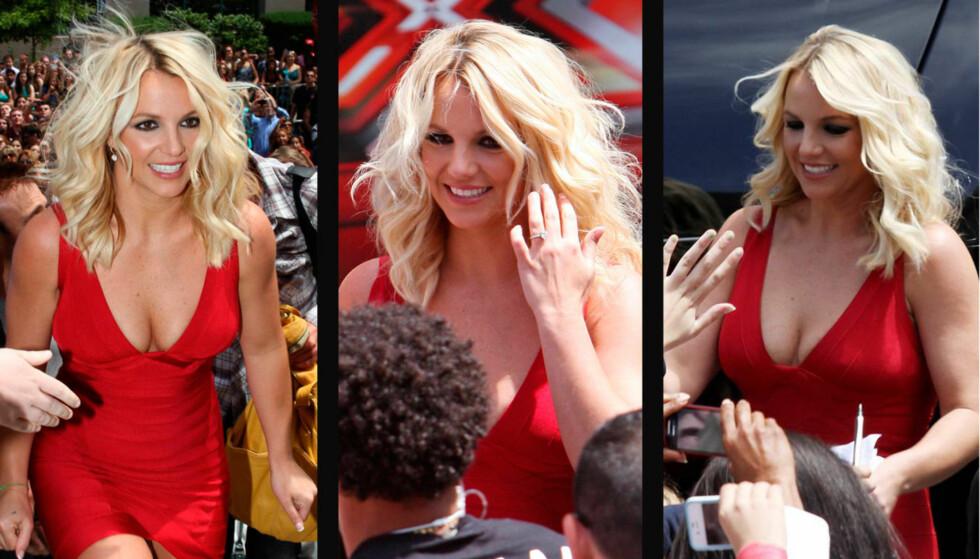 I STRÅLENDE FORM: Britney Spears var et eneste stort smil, da hun møtte fansen på vei inn til sin jobb som dommer i TV-programmet «X Factor» i Providence onsdag. Foto: All Over