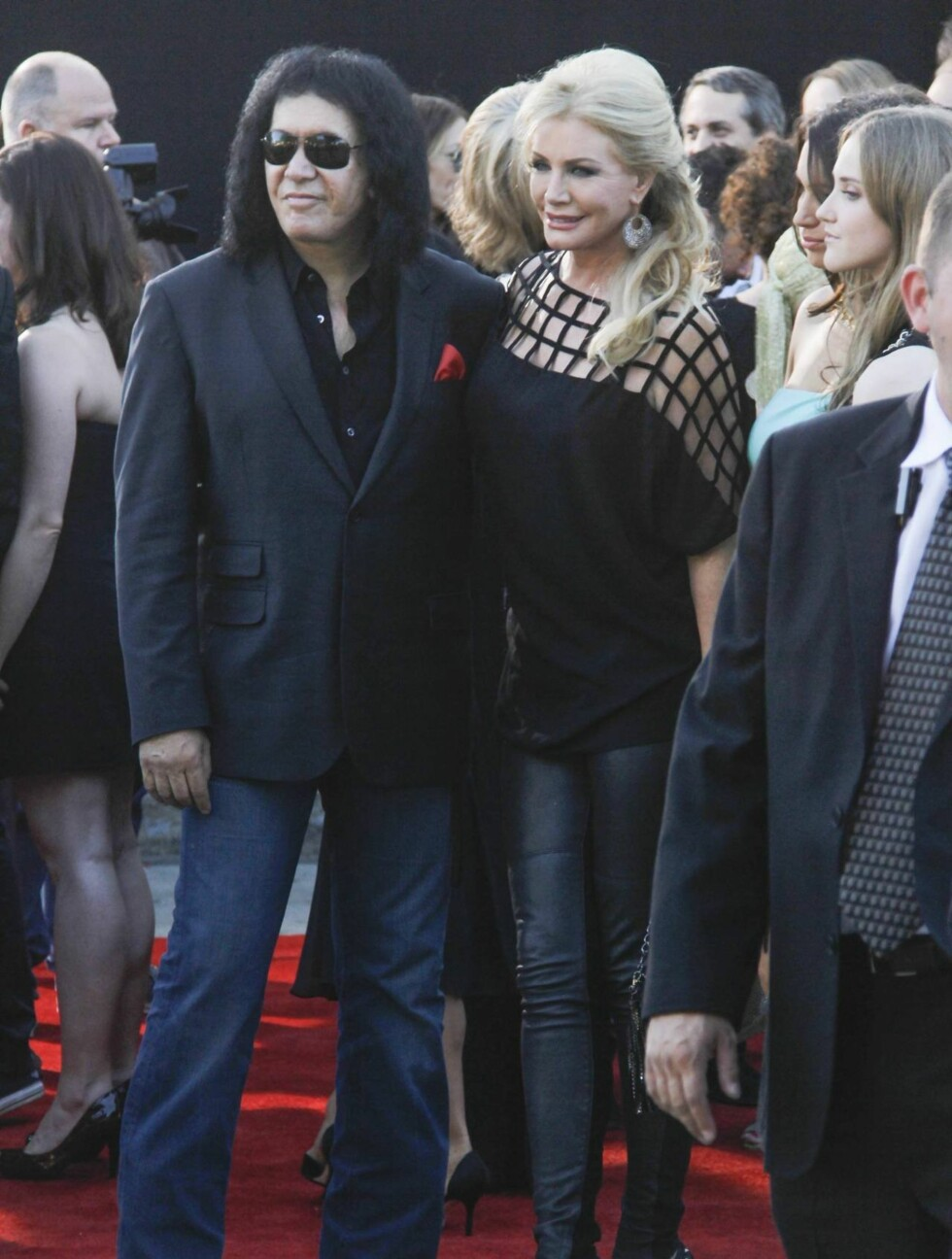 <strong>NORGESAKTUELL:</strong> Til lørdag kommer Gene Simmons og resten av KISS til Norge under Holmenkollen Sommerfestival. Mandag var han på filmpremiere med Shannon Tweed.  Foto: All Over Press