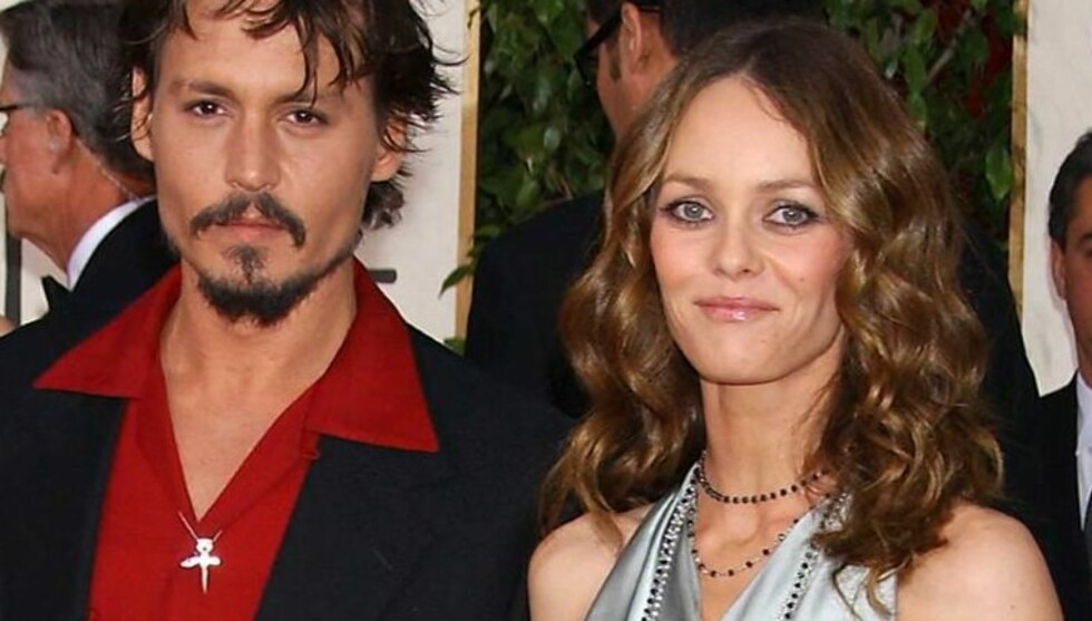 - PRØVDE Å REDDE FORHOLDET: En kilde nær Johnny Depp og Vanessa Paradise hevder de i flere måneder har forsøkt å redde forholdet. Foto: All Over Press