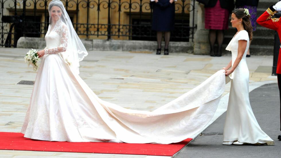 FIKK SKRYT: Pippa har hjulpet til i flere bryllup den siste tiden, og har fått skryt for innsatsen. Foto: All Over Press