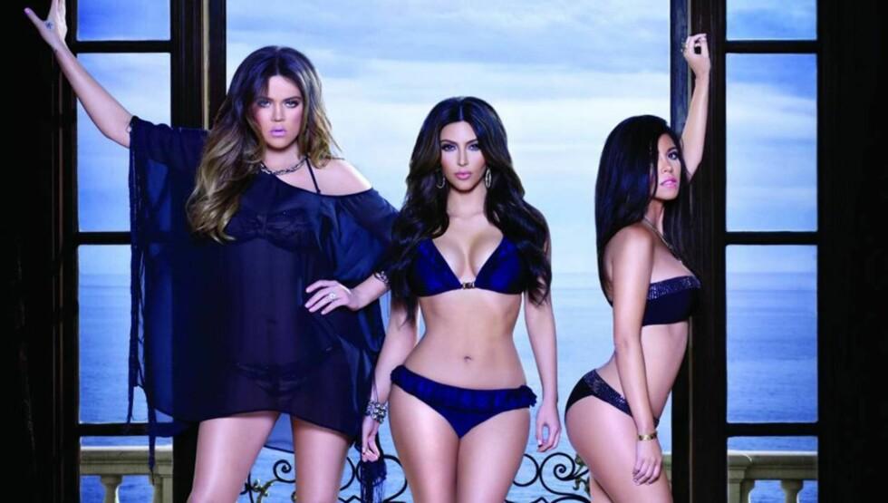 POPULÆRE: Khloe, Kim og Kourtney Kardashian har gjort stor suksess på TV med realityserien «Keeping up with the Kardashians». I Norge sendes serien på kanalen FEM. Foto: All Over Press