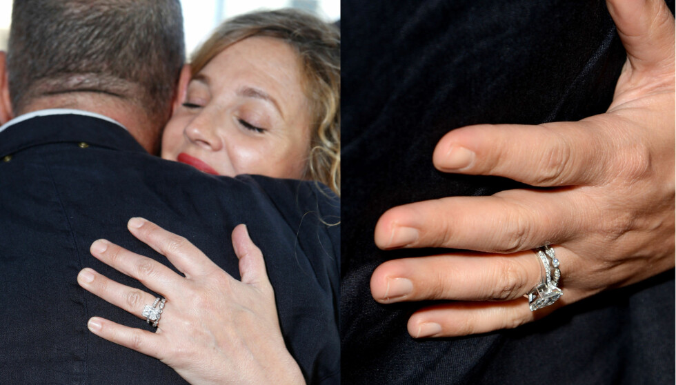 MATCHENDE RINGER: Drew Barrymore bærer sin nye giftering innenfor forlovelsesringen med diamant. Foto: All Over Press