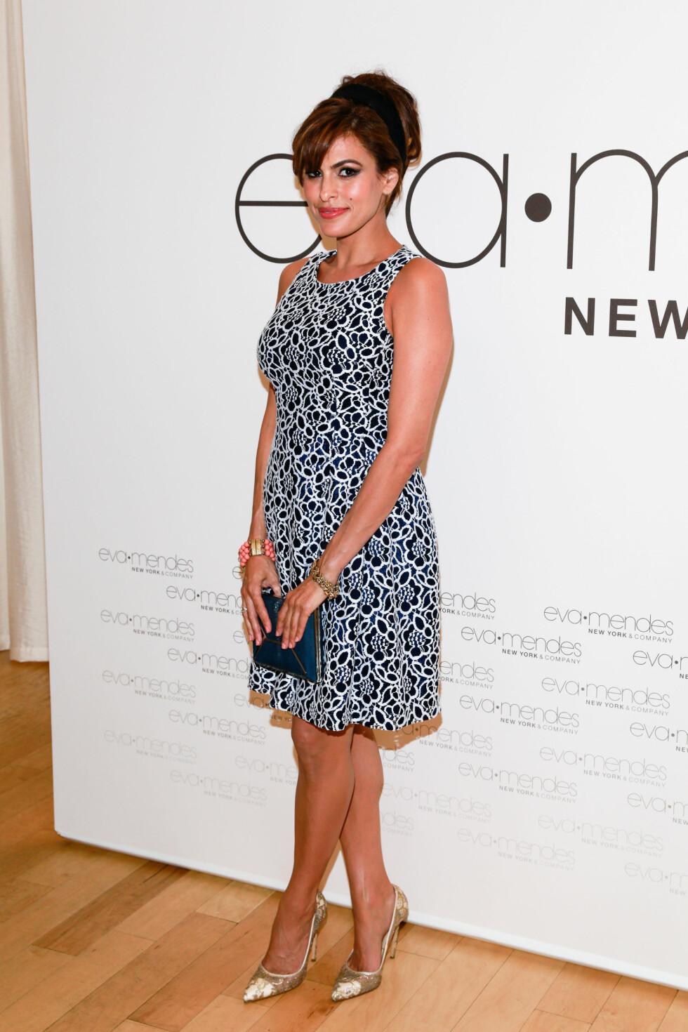 GRAVID?: Ryktene skal ha det til at Eva Mendes nå er gravid med Ryan Goslings barn.  Foto: insight media/All Over Press