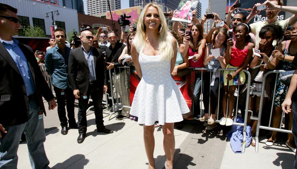 STORMER UT: Flere ganger har Britney Spears stormet ut av audition-lokalet, og sjefene har fått nok. Foto: All Over Press