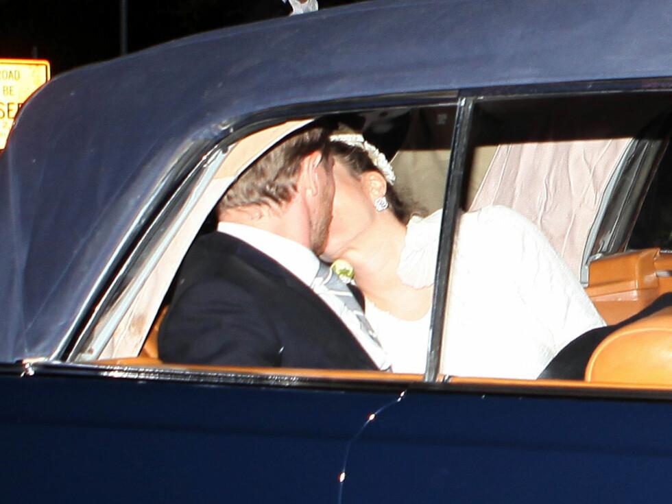 GLITRET: Også Drews bryllupssmykker var av merket Chanel.  Foto: Stella Pictures