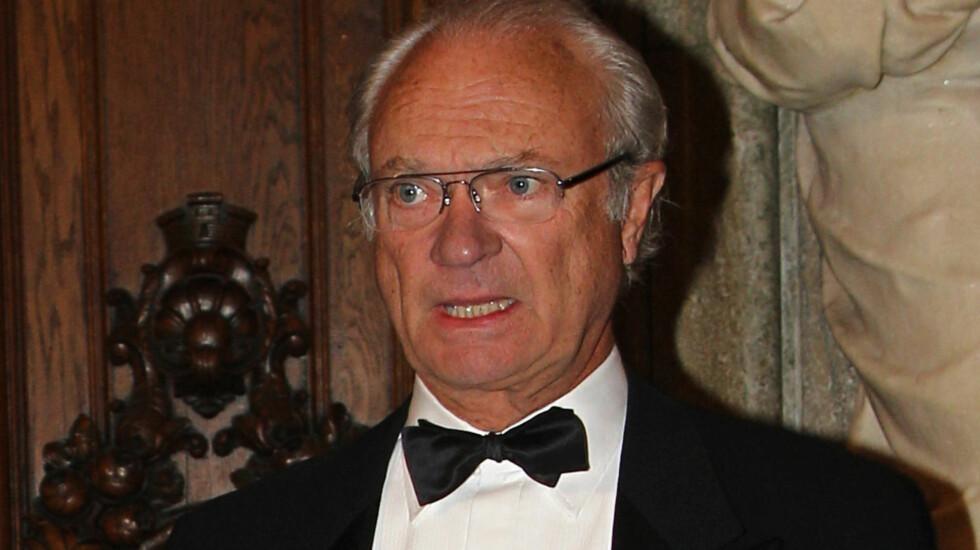 <strong>NYE ANKLAGER:</strong> Kong Carl Gustaf blir igjen anklaget for usømmelig oppførsel i den nye boken «Livvakten: vägen mot monarkiet».  Foto: FameFlynet Norway