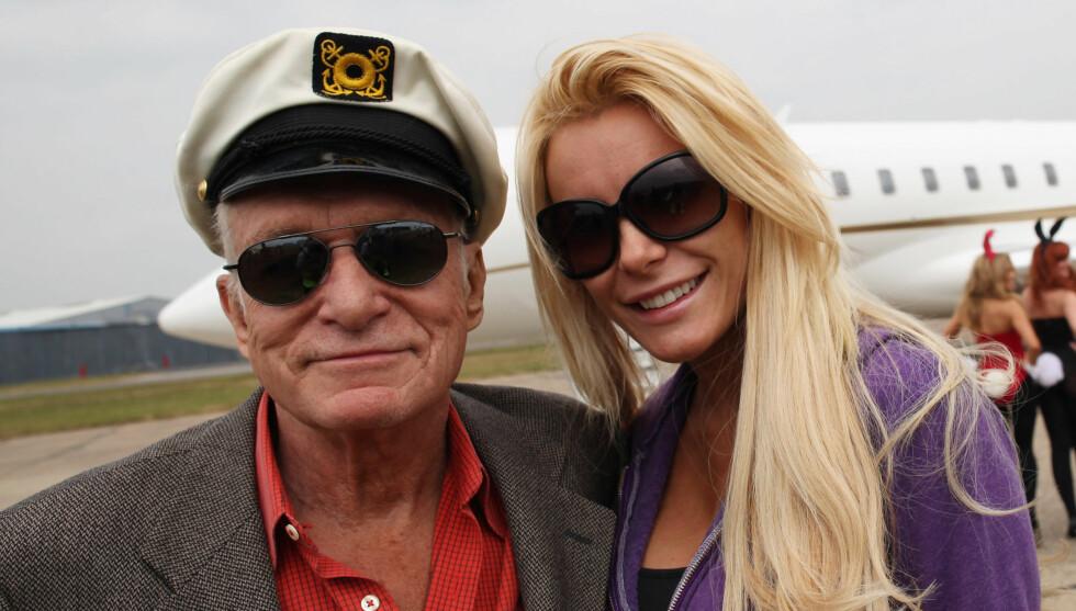 SAMMEN IGJEN: Hugh Hefner har funnet tilbake til den 60 år yngre eksforloveden, Crystal Harris. Foto: All Over Press