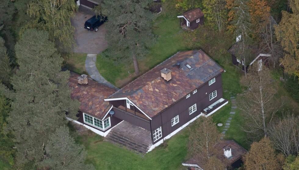 TIL LEIE: Prinsesse Märtha Louise, Ari Behn og barna flytter til London til høsten. Nå leier de ut huset i Lommedalen.  Foto: Jan-Petter Dahl/Se og Hør