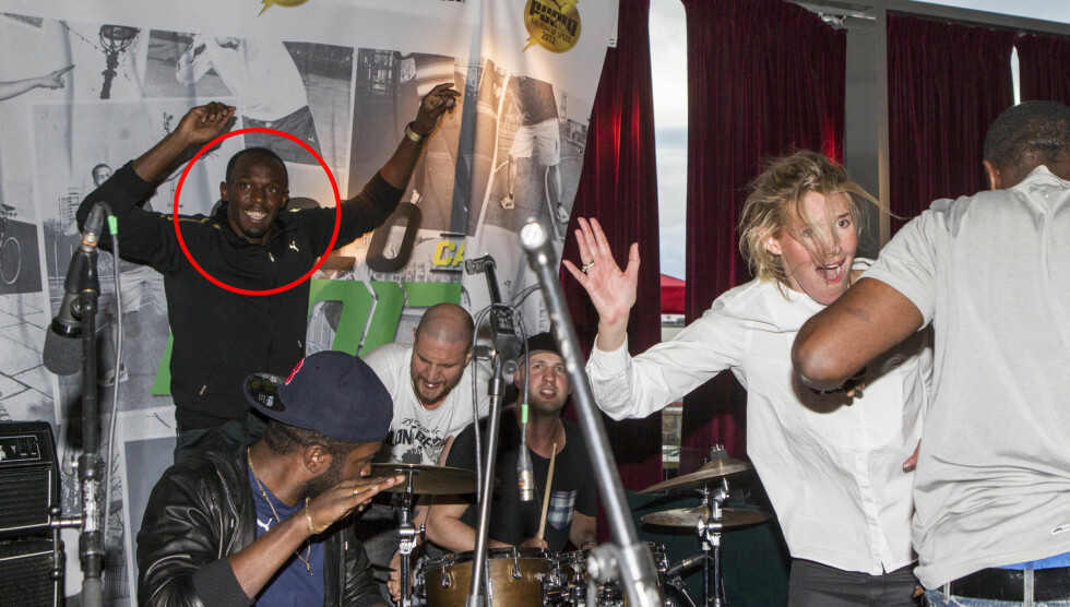 GODE VENNER: Da jamaicanske superstjernen stortrives på fest i Oslo, og hadde med seg flere venner på utestedet BAR Tjuvholmen. Foto: Andreas Fadum/Se og Hør