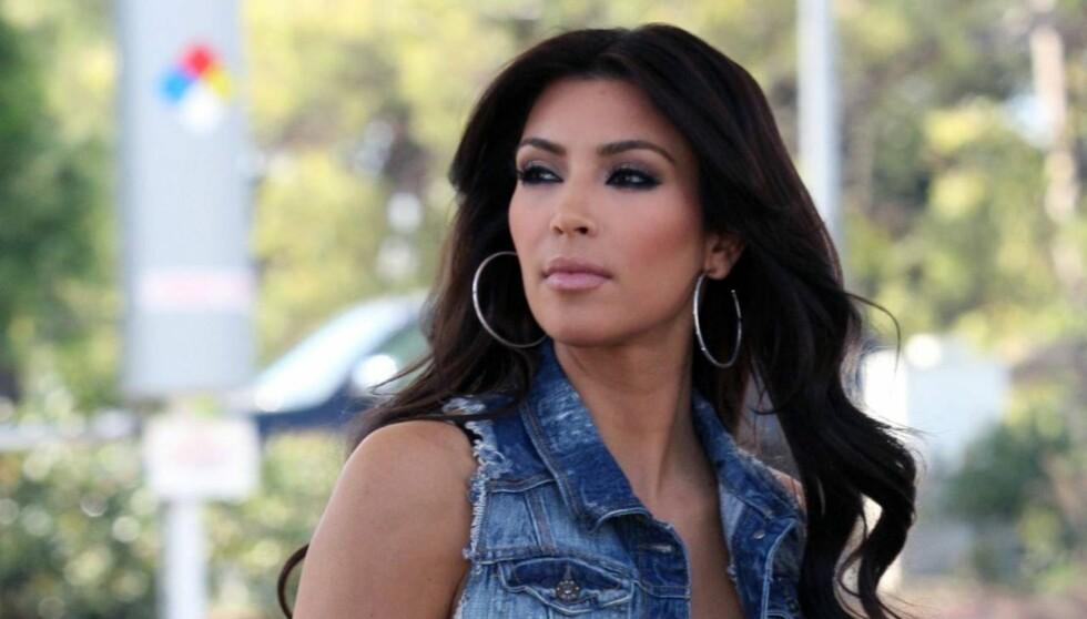 RASER: Realitystjernen Kardashian fyrer nå løs mot British Airways på Twitter. Foto: Stella Pictures