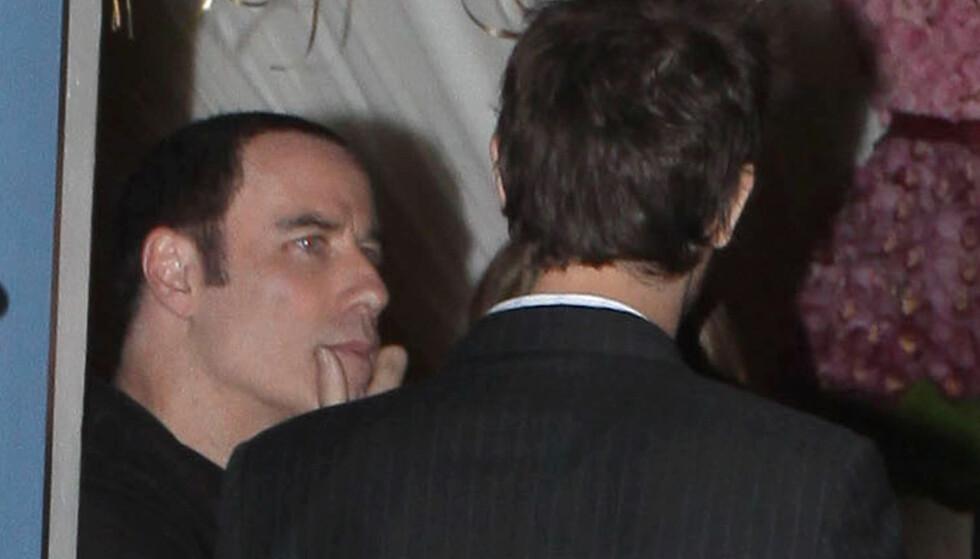 I DEKNING: John Travolta har søkt dekning etter at skandalen rundt ham begynte å rulle. Foto: Stella Pictures