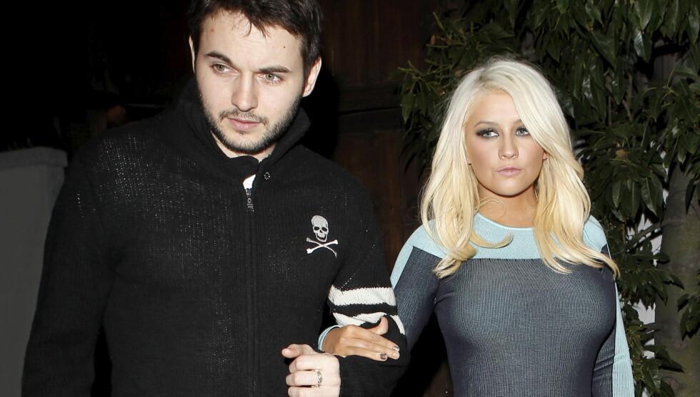 SKEPTISK: Aguilera er bekymret over kjærestens økonomi, og bruker fortsatt tid på å komme over eksmannen. Foto: All Over Press