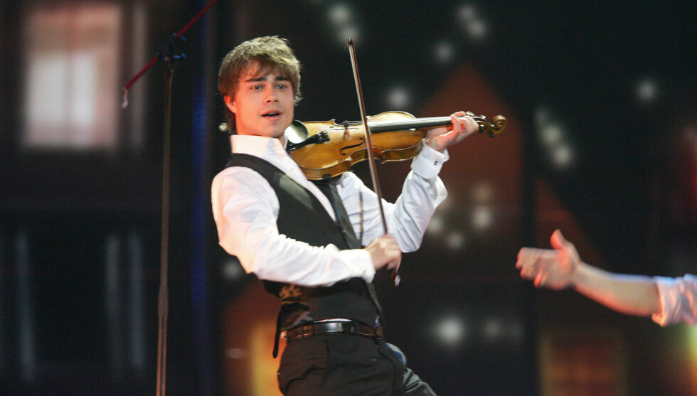 GIKK AV SCENEN: Da det låt surt i Baku, gikk Alexander Rybak av scenen. Foto: Stella Pictures