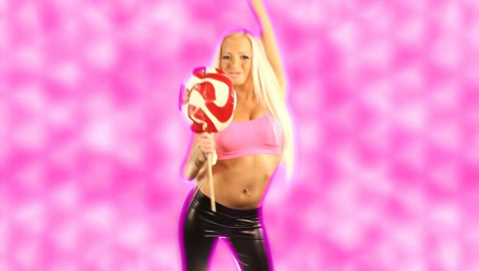 TIDENES DÅRLIGSTE: Radiokanalen NRJ kårer Iselin Michelsens sang, «Chewing Gum», til tidenes dårligste låt. Foto: Pricat