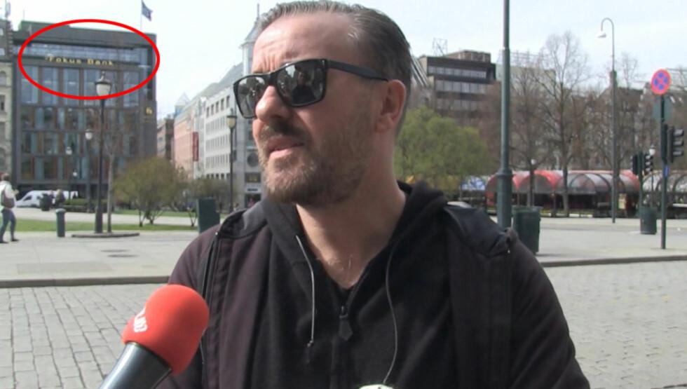 VITSET: Gervais vitset med Fokus bank-navnet på sin egen Twitter-side da han gjestet Norge i april. Foto: Seoghør.no