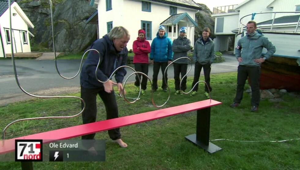 STRØM-SJOKK: Ole Edvard Antonsen hoppet bakover da han fikk det første sjokket. Foto: TVNorge