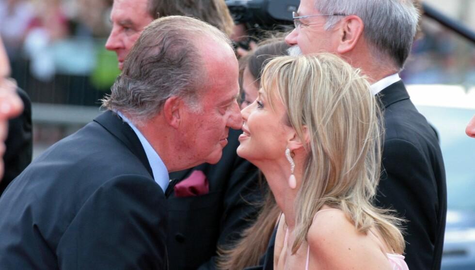 KVINNEN I KONGENS LIV: Spanske medier har den siste tiden fremstilt prinsesse Corinna Sayn-Wittgenstein som den egentlige kvinnen i kong Juan Carlos' liv. Dette bildet er tatt i 2006. Foto: NTB scanpix