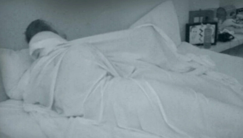 ANGRER IKKE: Selv om de på forhånd hadde bestemt seg for ikke å ha sex inne på «Paradise Hotel», angrer verken Andreas Bolme Akselsen eller Camilla Karlsen Bøvollen på at de hoppet til køys sammen foran TV-kameraene. Foto: TV3
