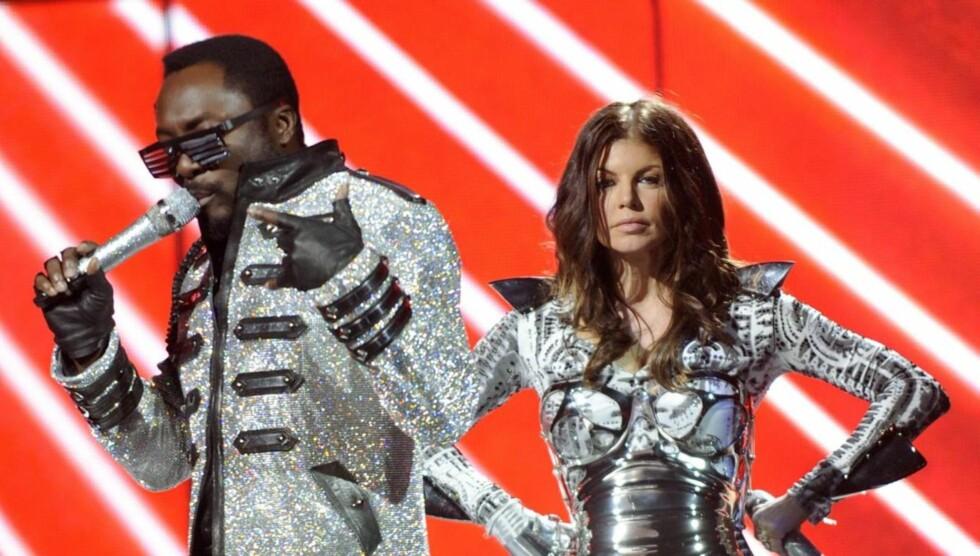 <strong>POPULÆR:</strong> Slik er vi vant til å se Fergie, på scenen sammen med gruppen Black Eyed Peas. Foto: All Over Press