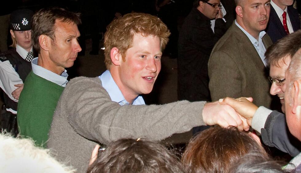 INGEN BYTUR: Prinsen har blitt advart mot å tilbringe mye tid på fest. Foto: All Over Press