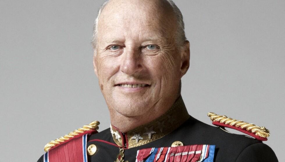DRAR TIL MIDT-NORGE: I forrige uke fikk ordføreren i Holtålen et hyggelig brev fra Slottet – som bekreftet at kong Harald (75) kommer på besøk 30. april i år. Foto: Stella Pictures