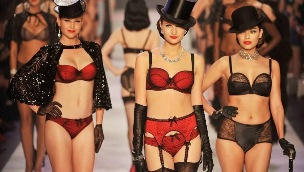 <strong>VRAKET SYLTYNNE MODELLER:</strong> Dita von Teese sier hun vraket et dusin modeller til sine moteshow i Melbourne og Paris, fordi de var for tynne. Foto: All Over