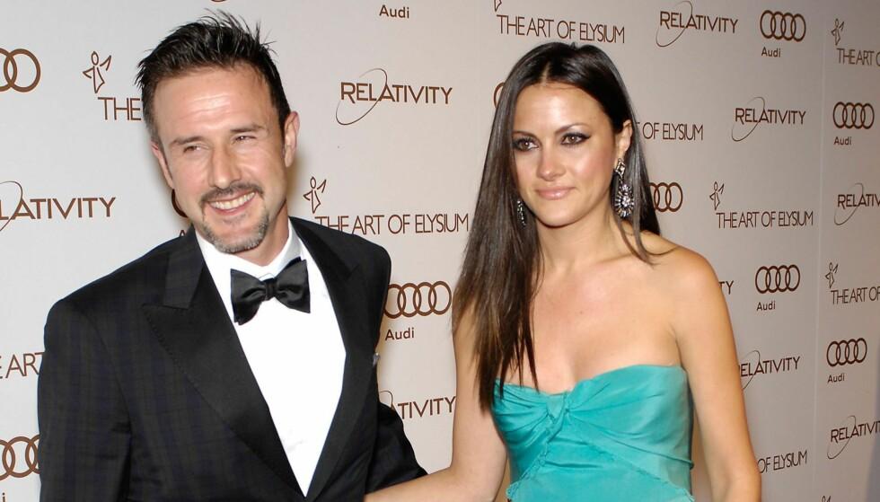 SLUTT: David Arquette og Christina McLarty fra lykkeligere tider. Nå har paret gjort det slutt. Foto: All Over Press