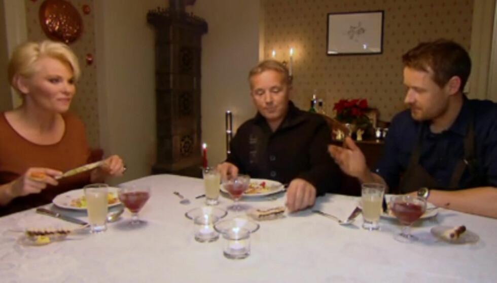 <strong>TAR ET GLASS VIN TIL MATEN:</strong> Den tidligere avholdsmannen Knut Storberget sier til Her og Nå at han nå av og til unner seg et glass rødvin til middag.  Her er han i TV3-programmet «Vis meg ditt kjøleskap» med Mia Gundersen og kokken Øyvind Hjelle. Foto: TV3