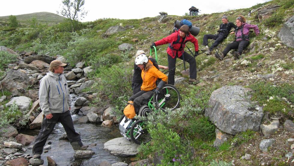 UTEN SIDESTYKKE: Trine Rein mener 71 grader nord ikke kan sammenlignes med Ingen grenser. Foto: NRK