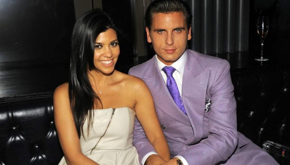 AVSLØRTE BABYENS KJØNN: TV-stjernen Kourtney Kardashian og hennes kjæreste Scott Disick blir snart foreldre til en liten jente. Foto: All Over Press