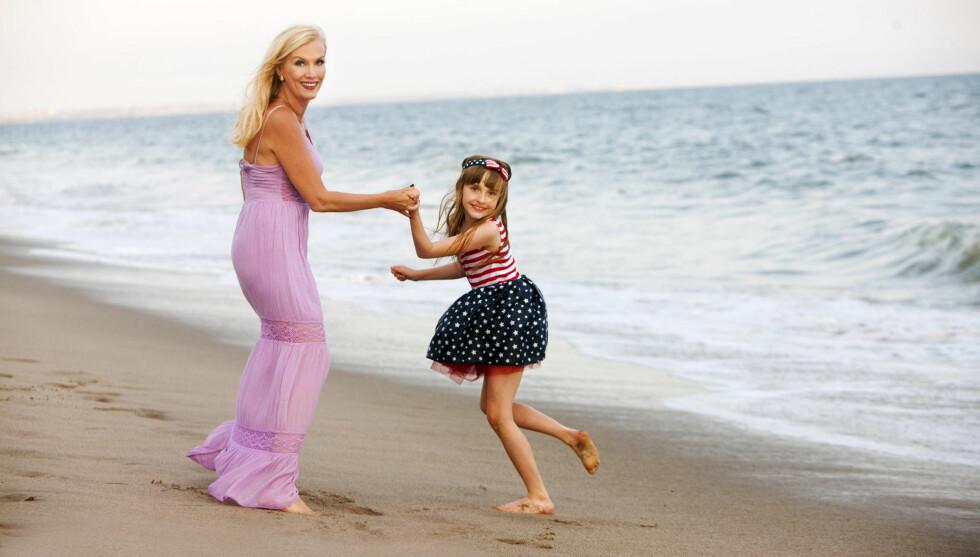 """STAGEMOM: Gunilla Persson er en såkalt """"stagemom"""" som gjør alt hun kan for at datteren Erika skal bli en stjerne.  Foto: TV3/Thomas Engström"""