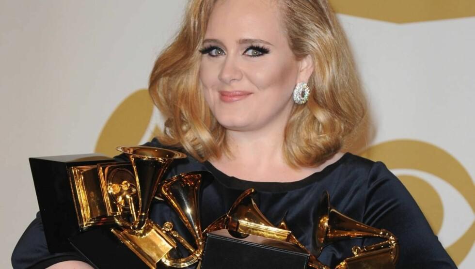 KONEEMNE: I tillegg til å være søndagens store Grammy-vinner forteller Adele at hun er flink til å lage mat og at hun vil ha sex hele tiden.  Foto: All Over Press